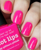 piCture pOlish Hot Lips